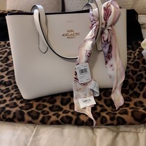 Coach Avenue Carryall